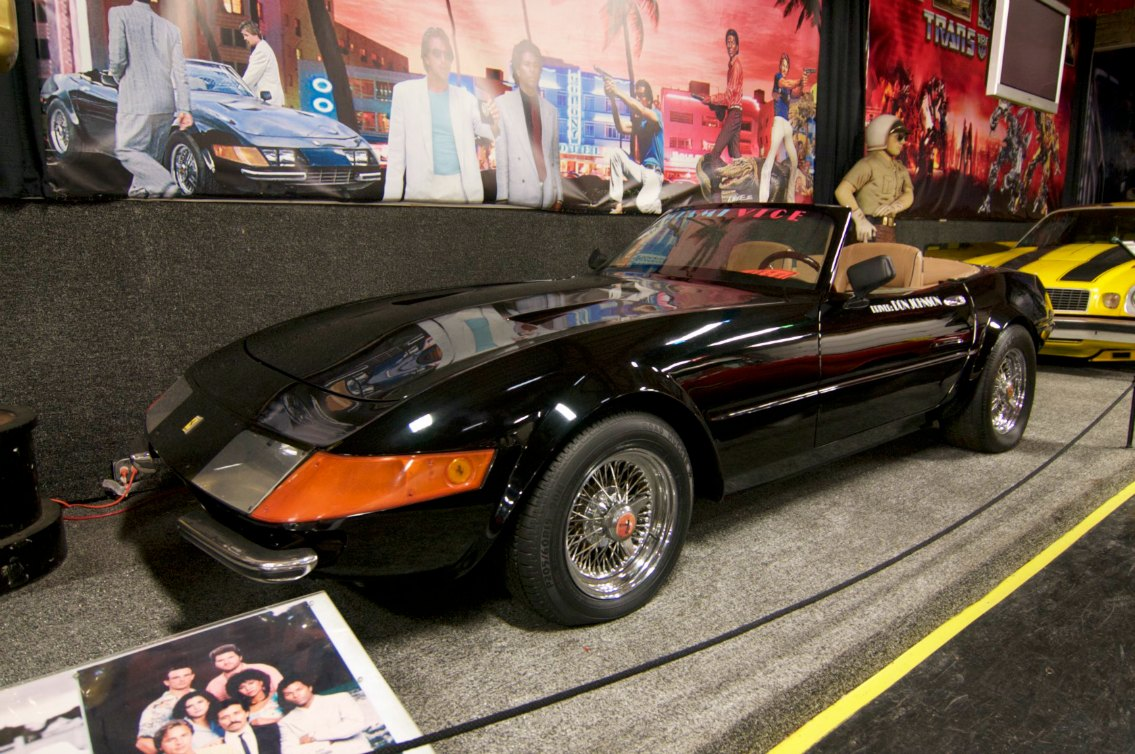 The Miami Vice Ferrari Daytona Cruises into the Volo [Video]