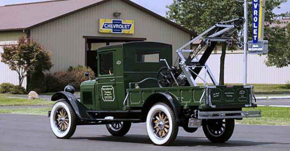 Flatbed Tow Truck >> Classic Tow Trucks and Wreckers 100 Year Anniversary
